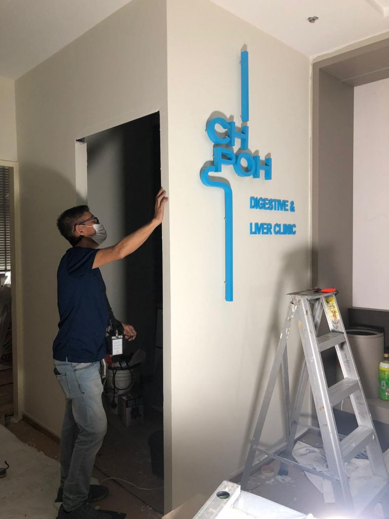 3d acrylic signage installation for ch Poh digestive clinic in singapore