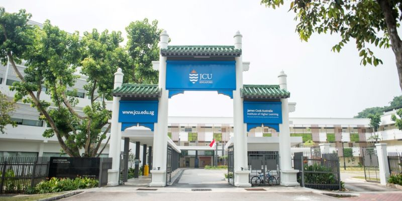 Large format signboard for James Cook University Singapore