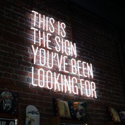 Design neon signage